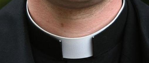 sacerdote_int